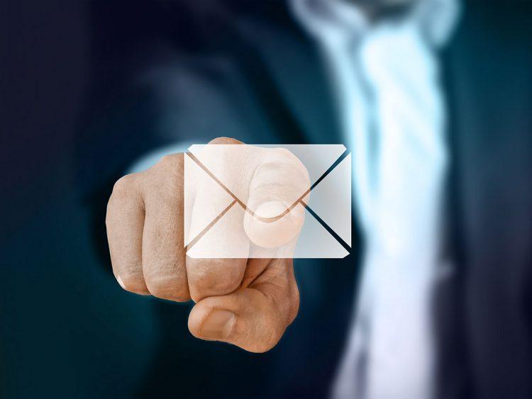 Comercialización de correo electrónico (email marketing)